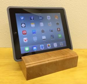 iPad_Stand_Cherry