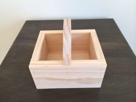 Wood table organizer